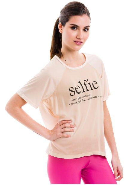 Remera Beige Inedita Selfie